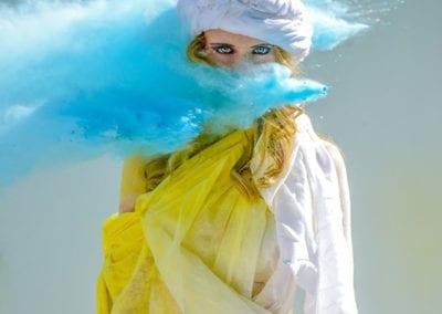 Farbpulver Shooting / Heidi Debbah Visagsitin und Maskenbildnerin