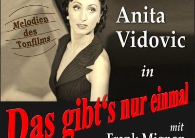 Flyer Shooting schwarz-weiß, Wasserwellenfrisur / Heidi Debbah Visagistin & Maskenbildnerin