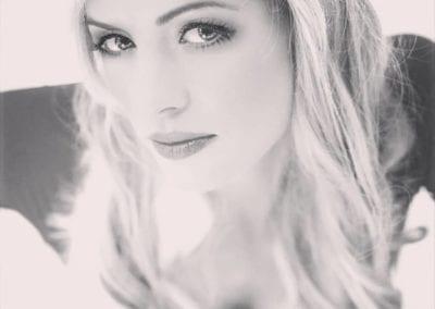 black and white shooting, Portrait /  Heidi Debbah Visagistin und Hairstylistin